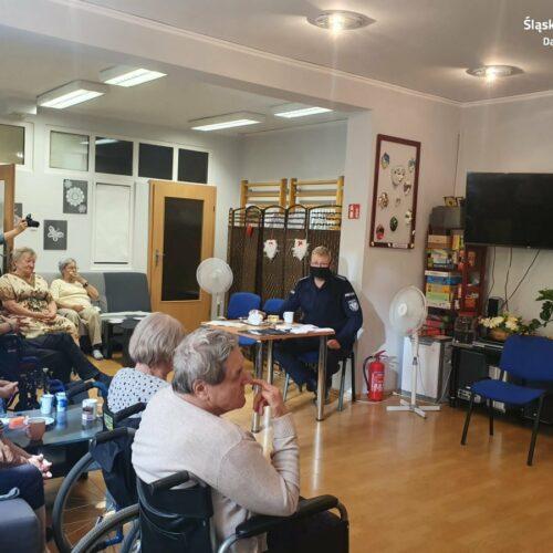 Dąbrowscy policjanci spotkali się z seniorami